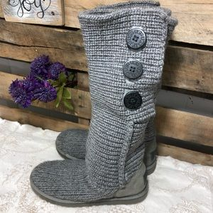 🎈NEW LISTING! Ugg Women's Classic Cardy Boots